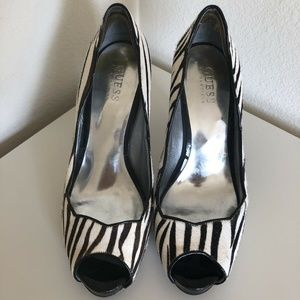 Guess Peeptoe Pony Hair Zebra Gwmelianne Pump Shoe